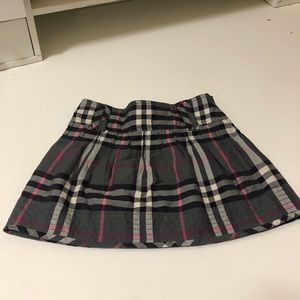 Burberry skirt for a little girl size 3 Y